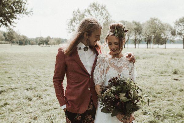 eccentric-netherlands-festival-wedding-at-paviljoen-het-buitenhuis-1-2