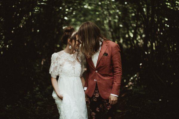 eccentric-netherlands-festival-wedding-at-paviljoen-het-buitenhuis-13