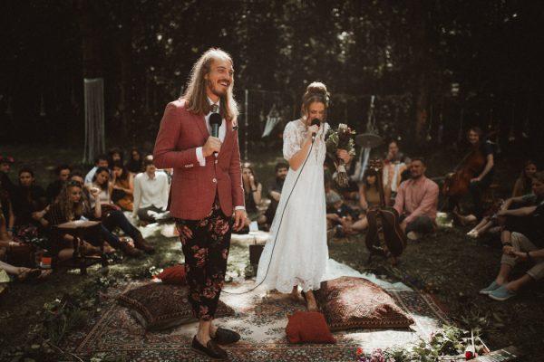 eccentric-netherlands-festival-wedding-at-paviljoen-het-buitenhuis-23