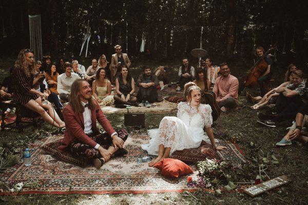 eccentric-netherlands-festival-wedding-at-paviljoen-het-buitenhuis-25