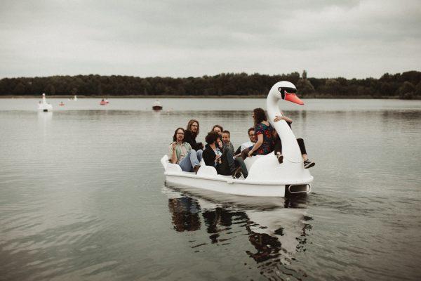 eccentric-netherlands-festival-wedding-at-paviljoen-het-buitenhuis-33