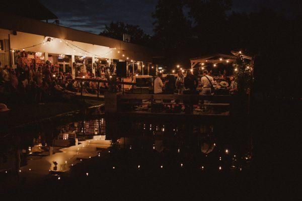 eccentric-netherlands-festival-wedding-at-paviljoen-het-buitenhuis-44