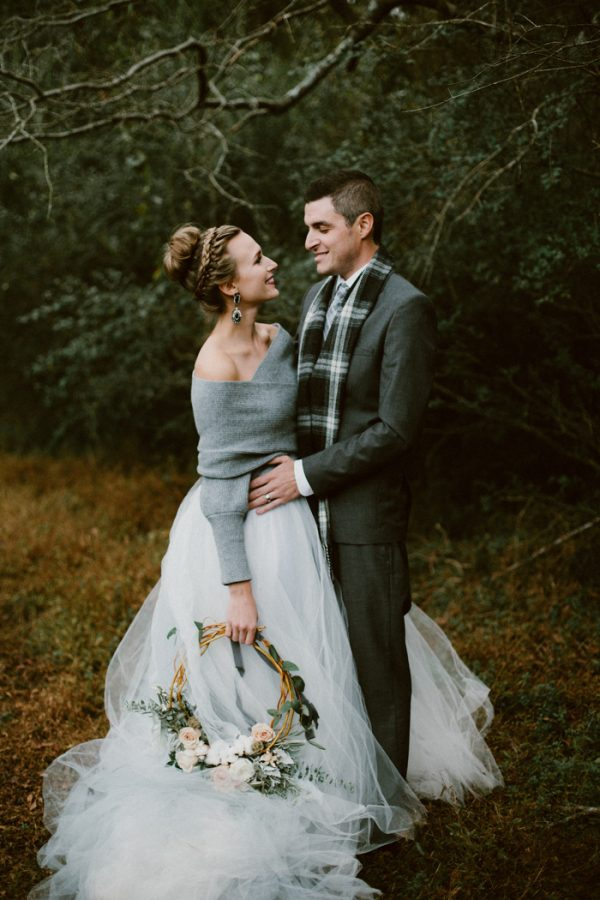 Fashionably cozy winter wedding inspiration junebug weddings junglespirit Image collections