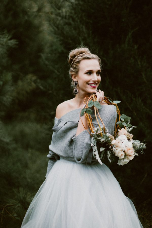 fashionably-cozy-winter-wedding-inspiration-22