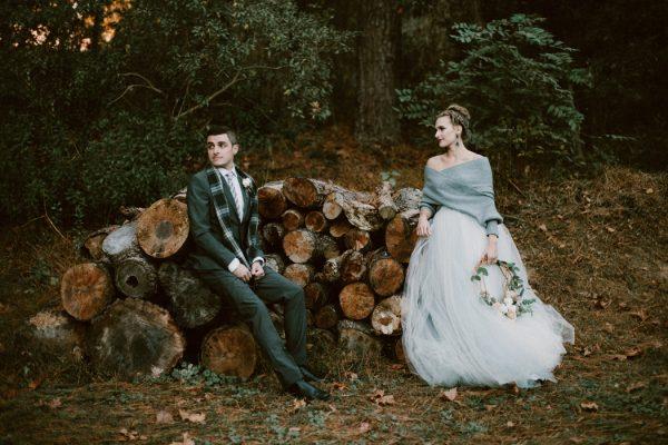 fashionably-cozy-winter-wedding-inspiration-23