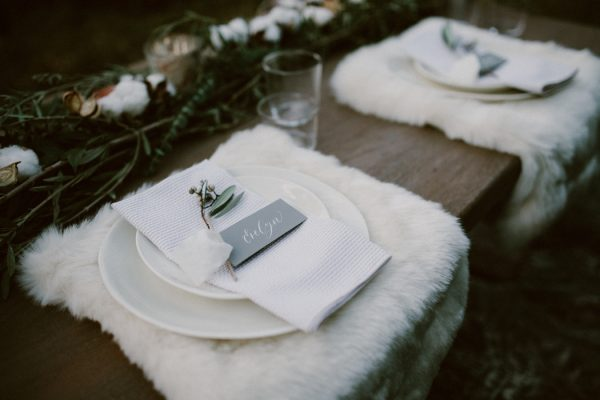 fashionably-cozy-winter-wedding-inspiration-5