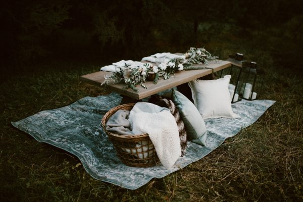 fashionably-cozy-winter-wedding-inspiration-8