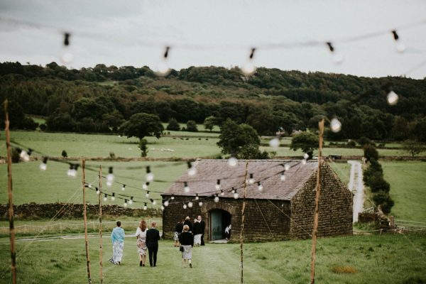 festive-yorkshire-wedding-at-braisty-estate-19