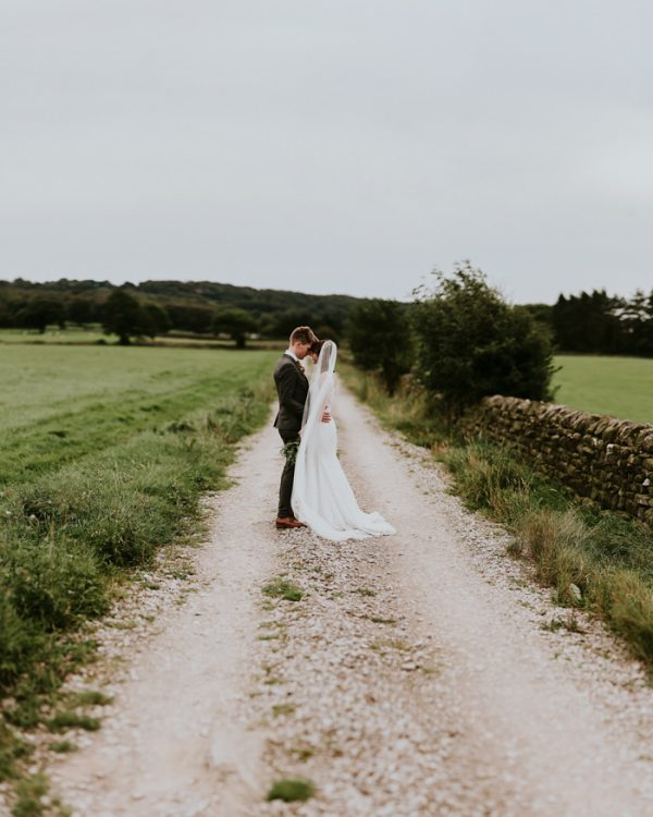 Outdoor Wedding Ceremony Yorkshire: Festive Yorkshire Wedding At Braisty Estate