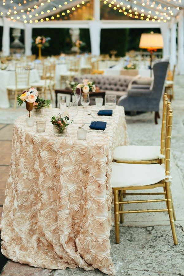 elegant romantic sweeheart table