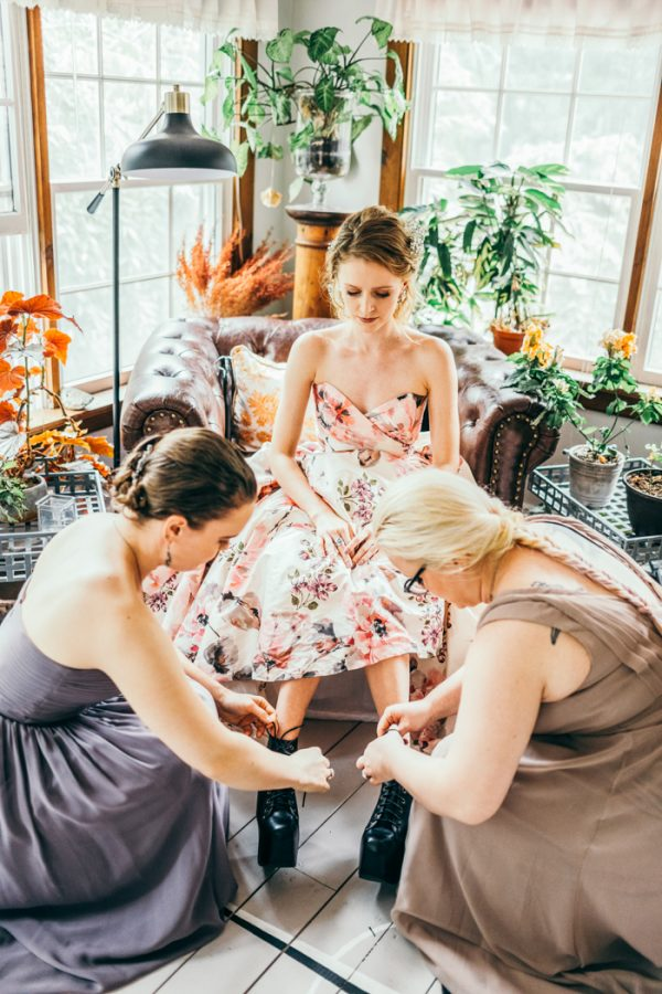 gorgeously-eccentric-new-hope-pennsylvania-wedding-4