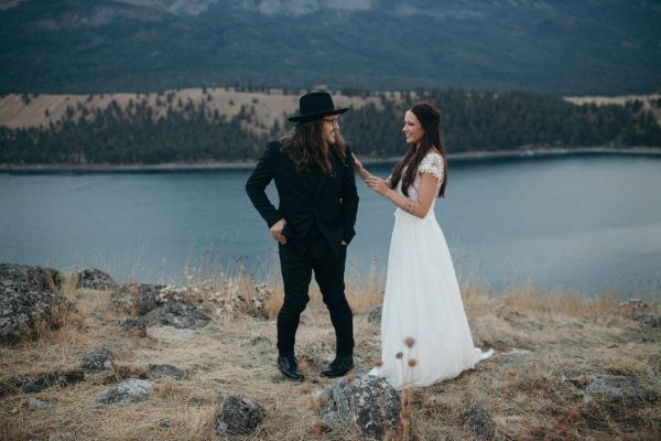 heartfelt-oregon-wedding-at-wallowa-lake-11