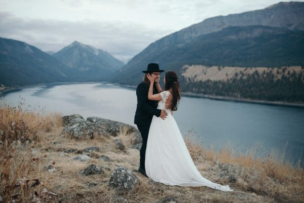 heartfelt-oregon-wedding-at-wallowa-lake-12