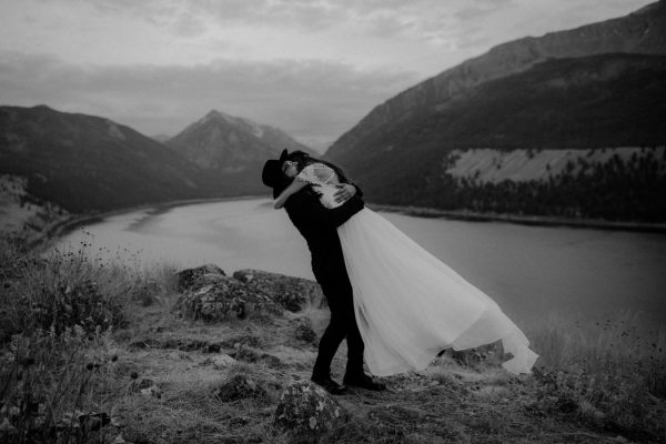 heartfelt-oregon-wedding-at-wallowa-lake-13