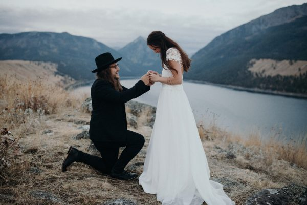 heartfelt-oregon-wedding-at-wallowa-lake-15