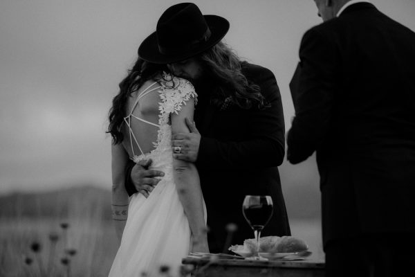 heartfelt-oregon-wedding-at-wallowa-lake-48