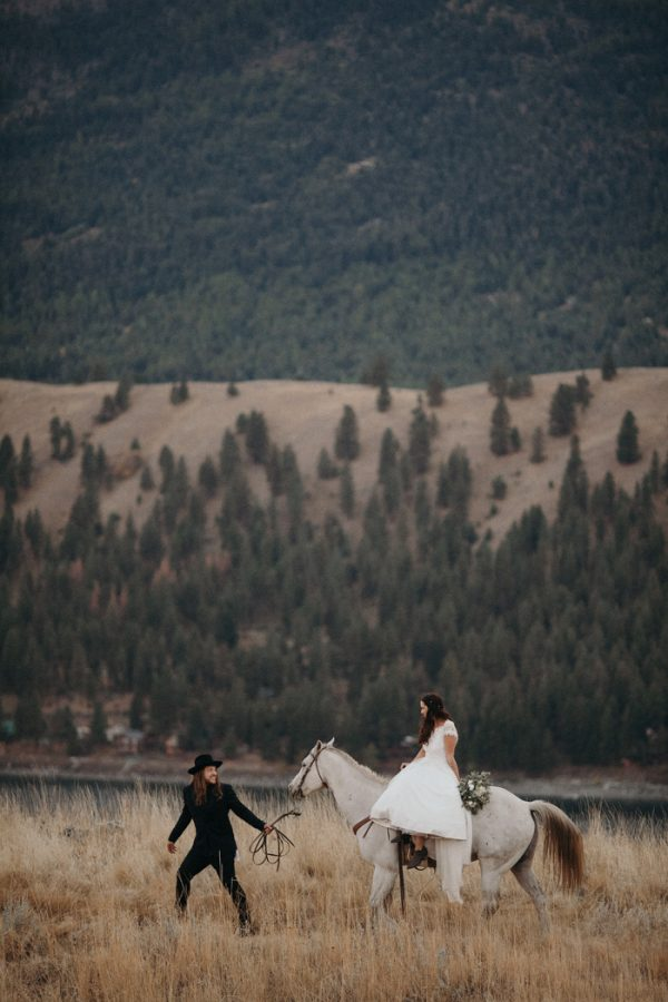 heartfelt-oregon-wedding-at-wallowa-lake-53