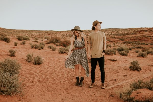 jaw-dropping-destination-engagement-session-at-horseshoe-bend-26