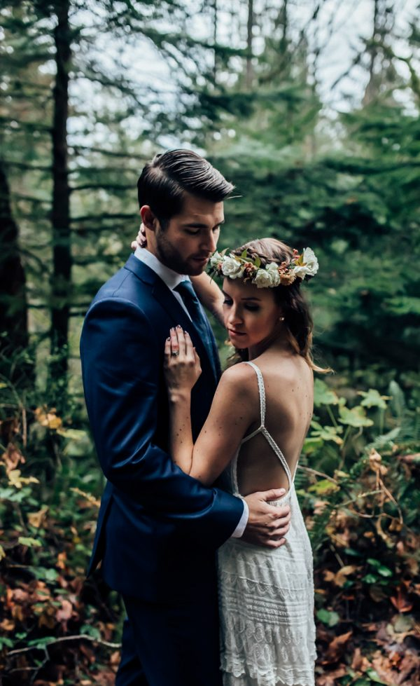 lush-rattlesnake-ridge-elopement-11