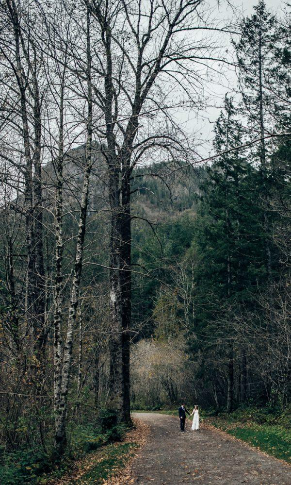 lush-rattlesnake-ridge-elopement-2