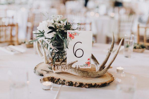 romantic-and-rustic-minnesota-wedding-at-mayowood-stone-barn-23