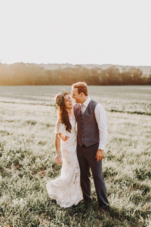romantic-and-rustic-minnesota-wedding-at-mayowood-stone-barn-29