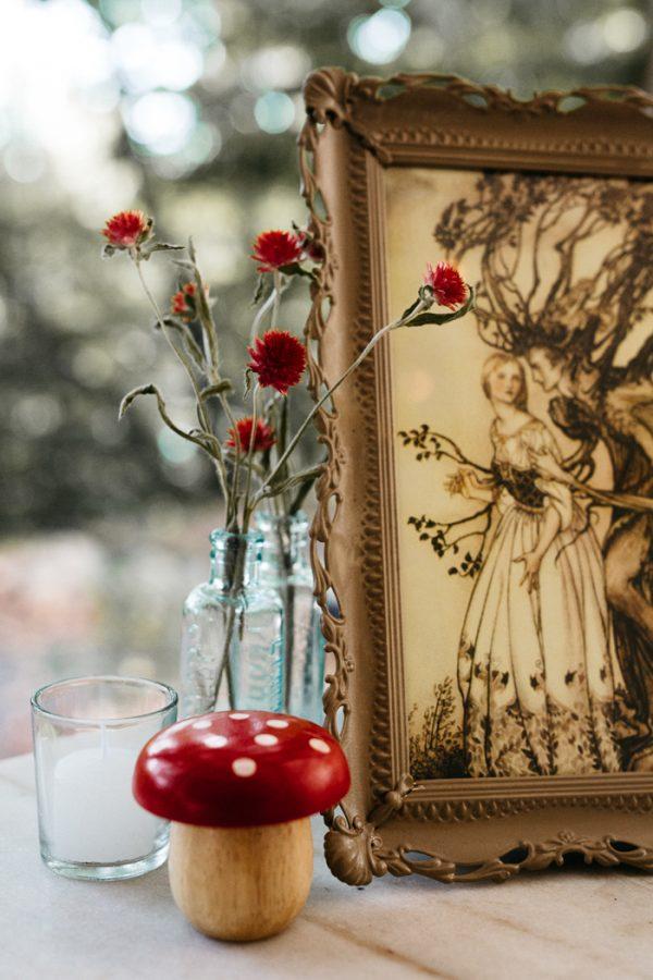 scandinavian-fairy-tale-wedding-at-foxfire-mountain-house-26