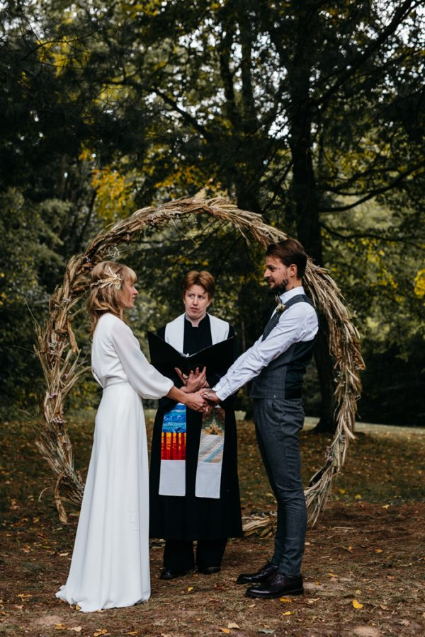scandinavian-fairy-tale-wedding-at-foxfire-mountain-house-7