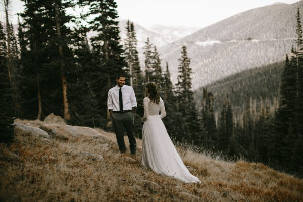 snowy-mountain-elopement-in-estes-park-12