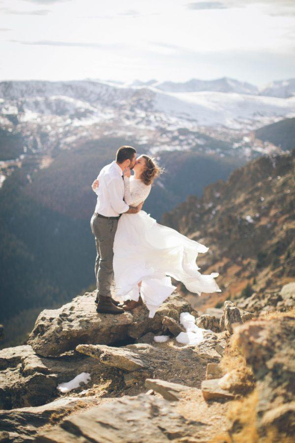snowy-mountain-elopement-in-estes-park-8