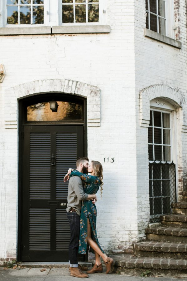 sweet-surprise-proposal-and-engagement-session-in-savannah-georgia-13