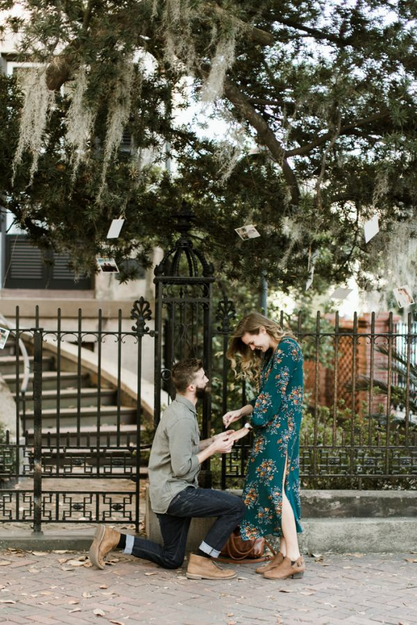 sweet-surprise-proposal-and-engagement-session-in-savannah-georgia-2