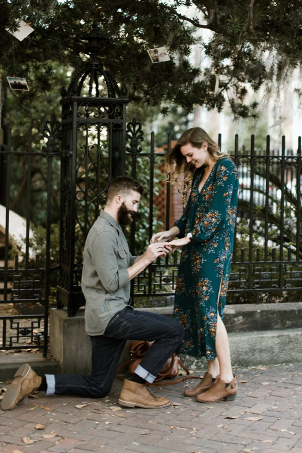 sweet-surprise-proposal-and-engagement-session-in-savannah-georgia-4