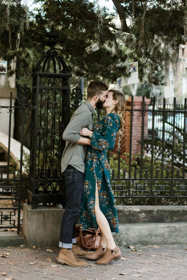 sweet-surprise-proposal-and-engagement-session-in-savannah-georgia-5