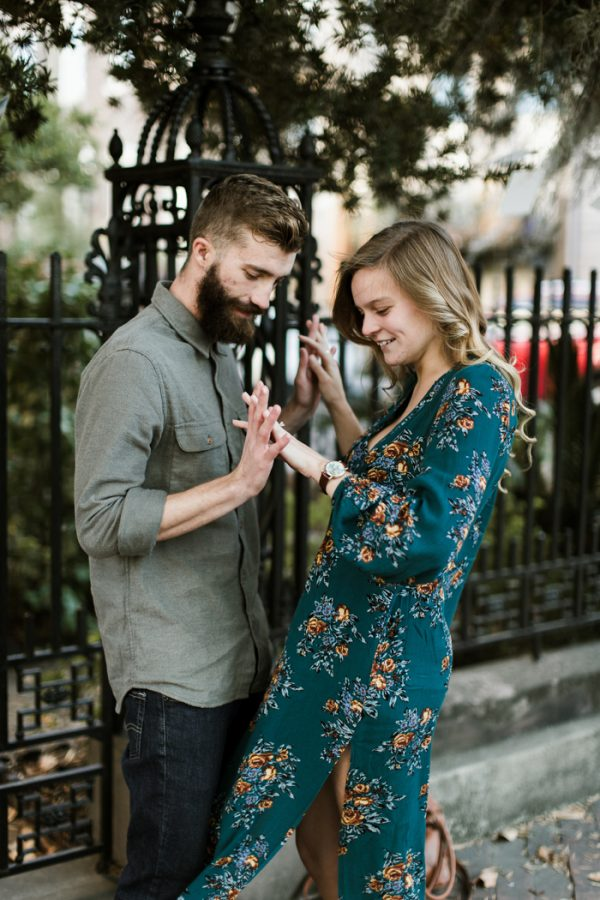 sweet-surprise-proposal-and-engagement-session-in-savannah-georgia-8