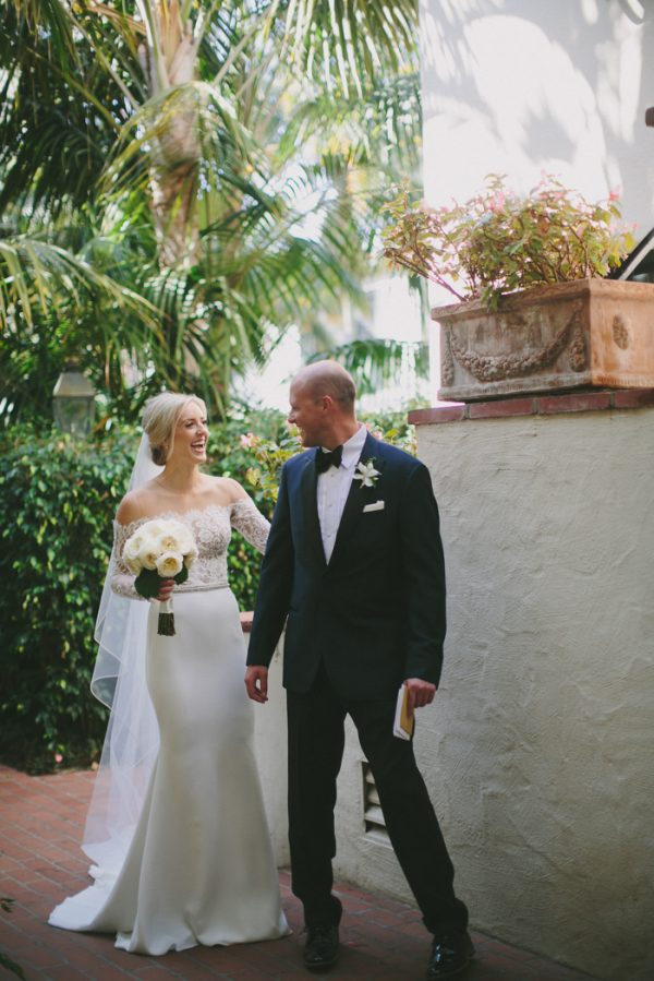 this-black-tie-santa-barbara-wedding-is-far-from-stuffy-11