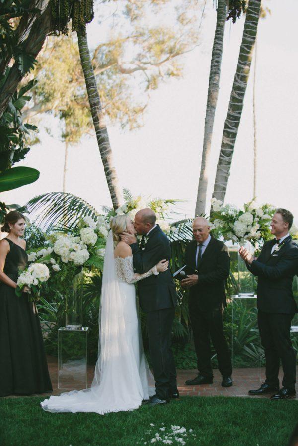 this-black-tie-santa-barbara-wedding-is-far-from-stuffy-21