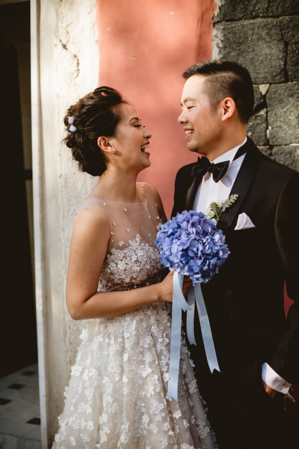 this-breathtaking-cinque-terre-wedding-has-the-most-stunning-bespoke-gown-18