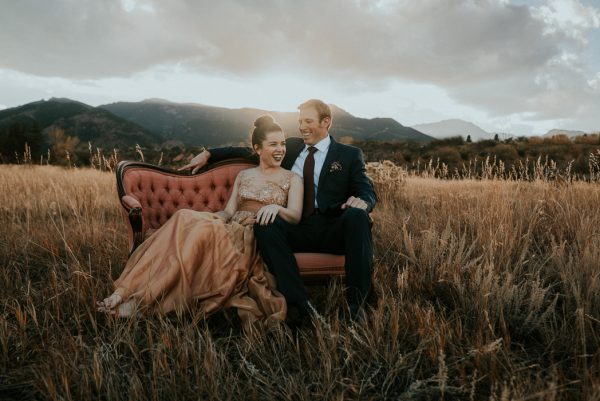 this-red-rocks-canyon-engagement-is-filled-with-copper-hues-13