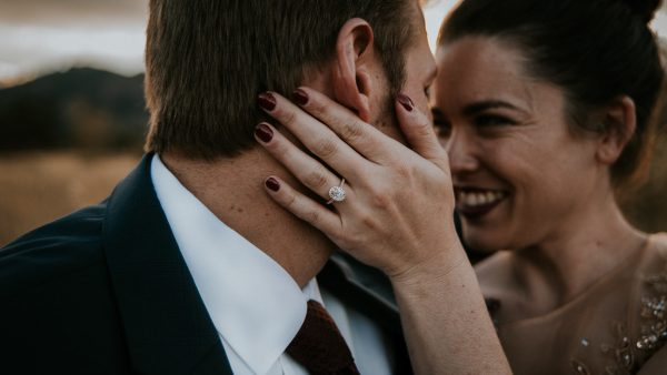 this-red-rocks-canyon-engagement-is-filled-with-copper-hues-14