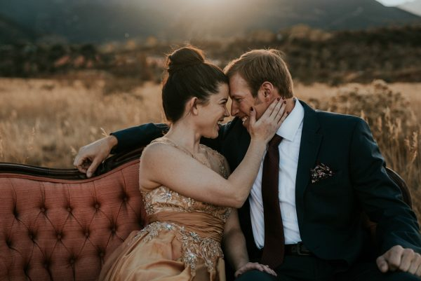 this-red-rocks-canyon-engagement-is-filled-with-copper-hues-21