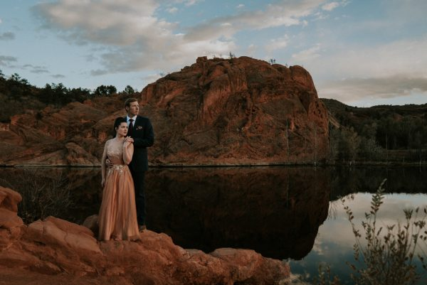 this-red-rocks-canyon-engagement-is-filled-with-copper-hues-22
