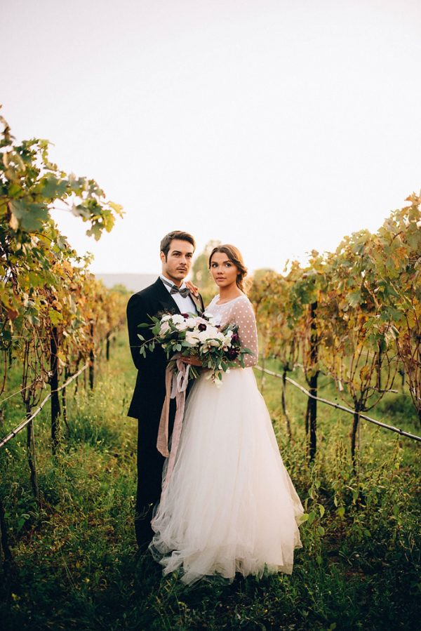 this-romantic-masseria-montenapoleone-wedding-inspiration-is-quinessentially-italian-11
