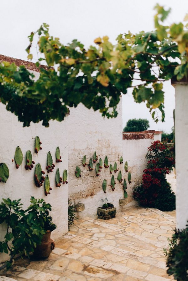 this-romantic-masseria-montenapoleone-wedding-inspiration-is-quinessentially-italian-19