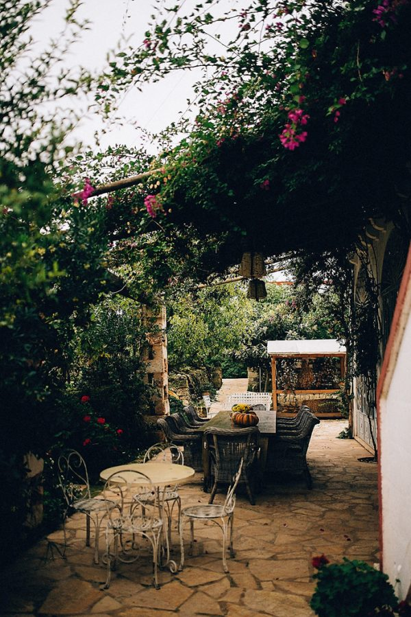 this-romantic-masseria-montenapoleone-wedding-inspiration-is-quinessentially-italian-21
