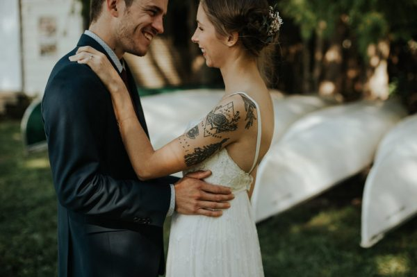 this-super-cool-summer-camp-wedding-is-all-about-community-11