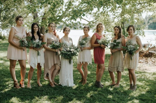 this-super-cool-summer-camp-wedding-is-all-about-community-13