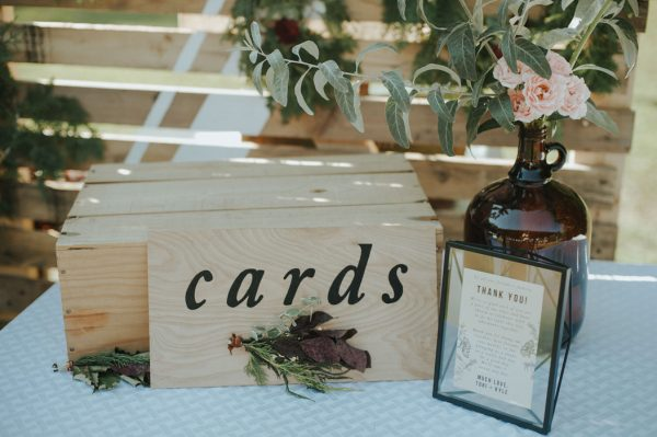 this-super-cool-summer-camp-wedding-is-all-about-community-29