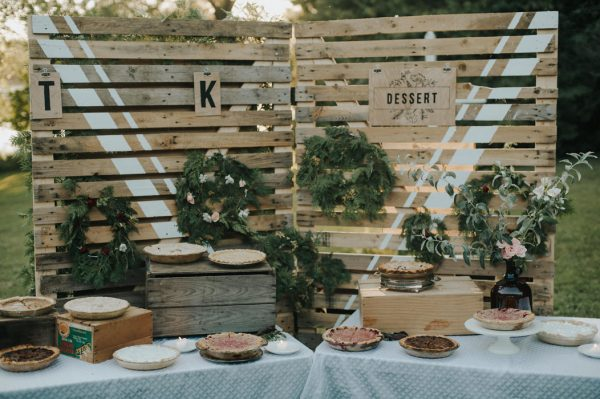 this-super-cool-summer-camp-wedding-is-all-about-community-42
