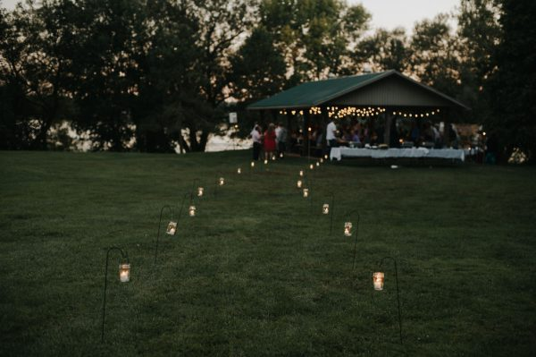 this-super-cool-summer-camp-wedding-is-all-about-community-49